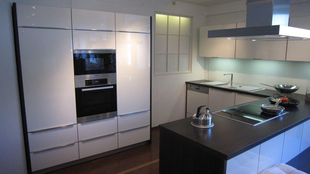sch ller murano. Black Bedroom Furniture Sets. Home Design Ideas